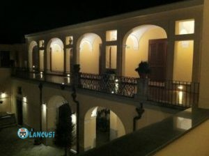 villa-calvanese-porticato